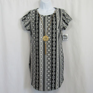 Pinc Premium womens XL long top black white aztec